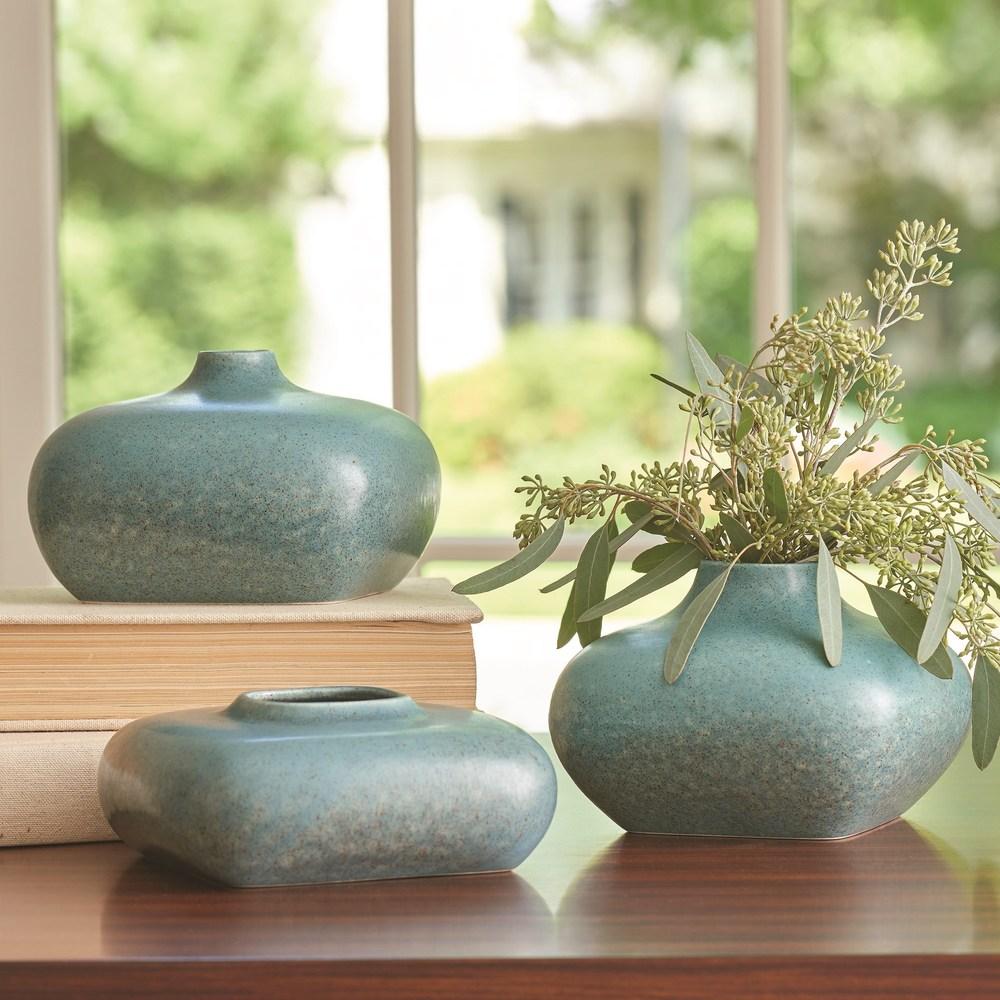 Global Views - Modernist Vase, Azure, Medium
