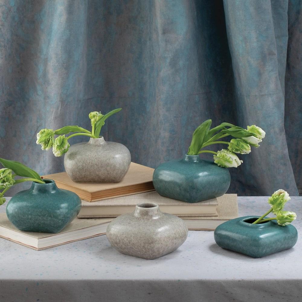 Global Views - Modernist Vase, Azure, Short