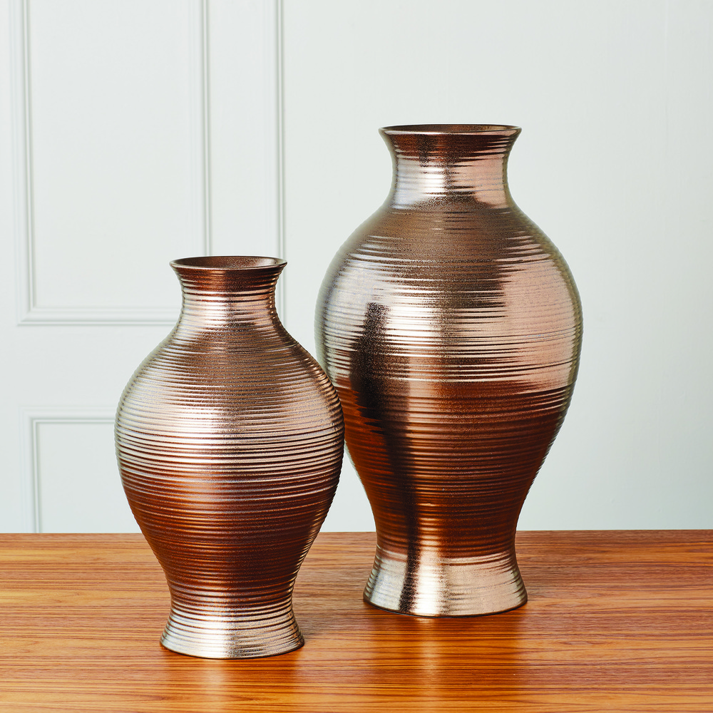 Global Views - Horizontal Texture Vase