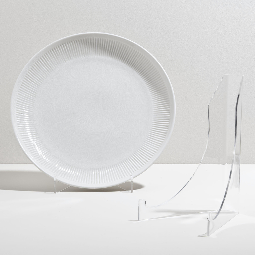 Global Views - Acrylic Plate Stand