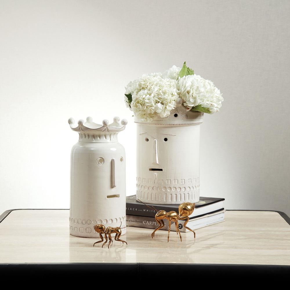 Global Views - Royal Family Vase, King