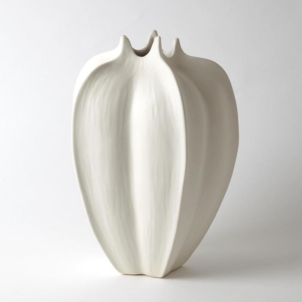 Global Views - Star Fruit Vase