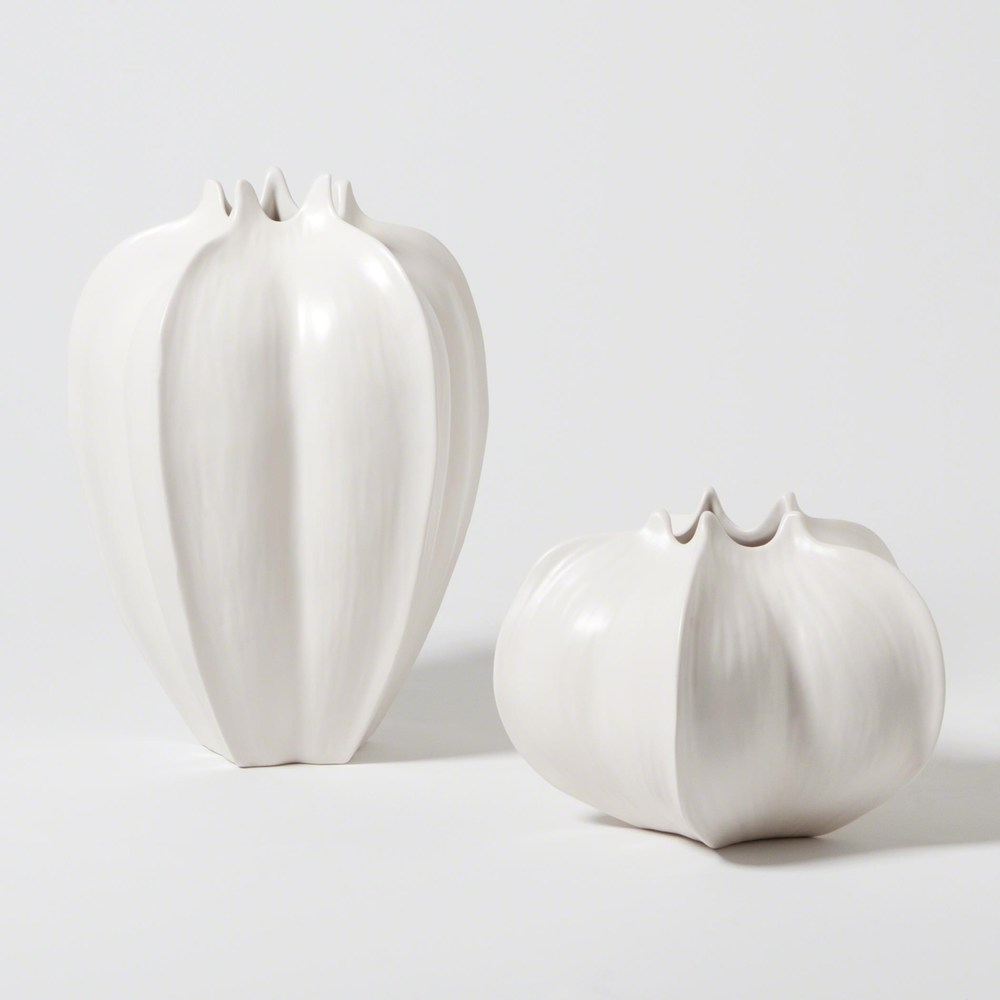 Global Views - Star Fruit Vase, Small