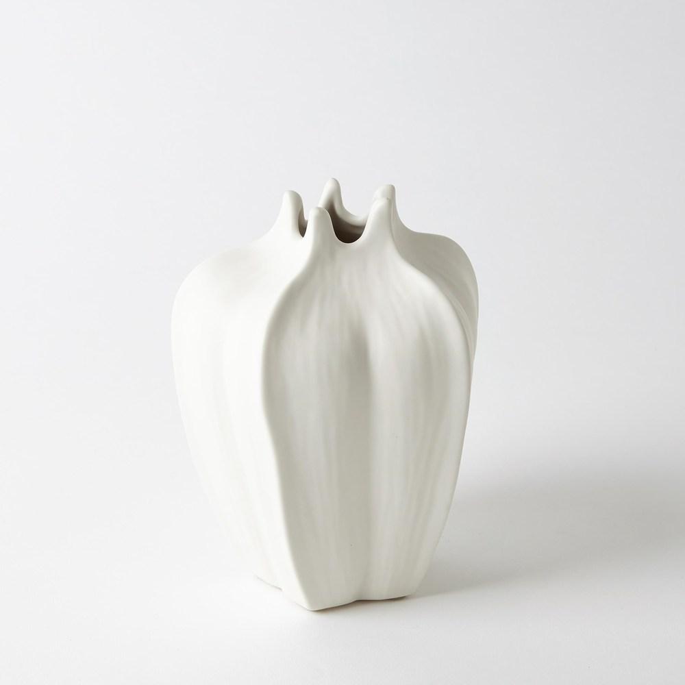 Global Views - Mini Star Fruit Vase, Tall
