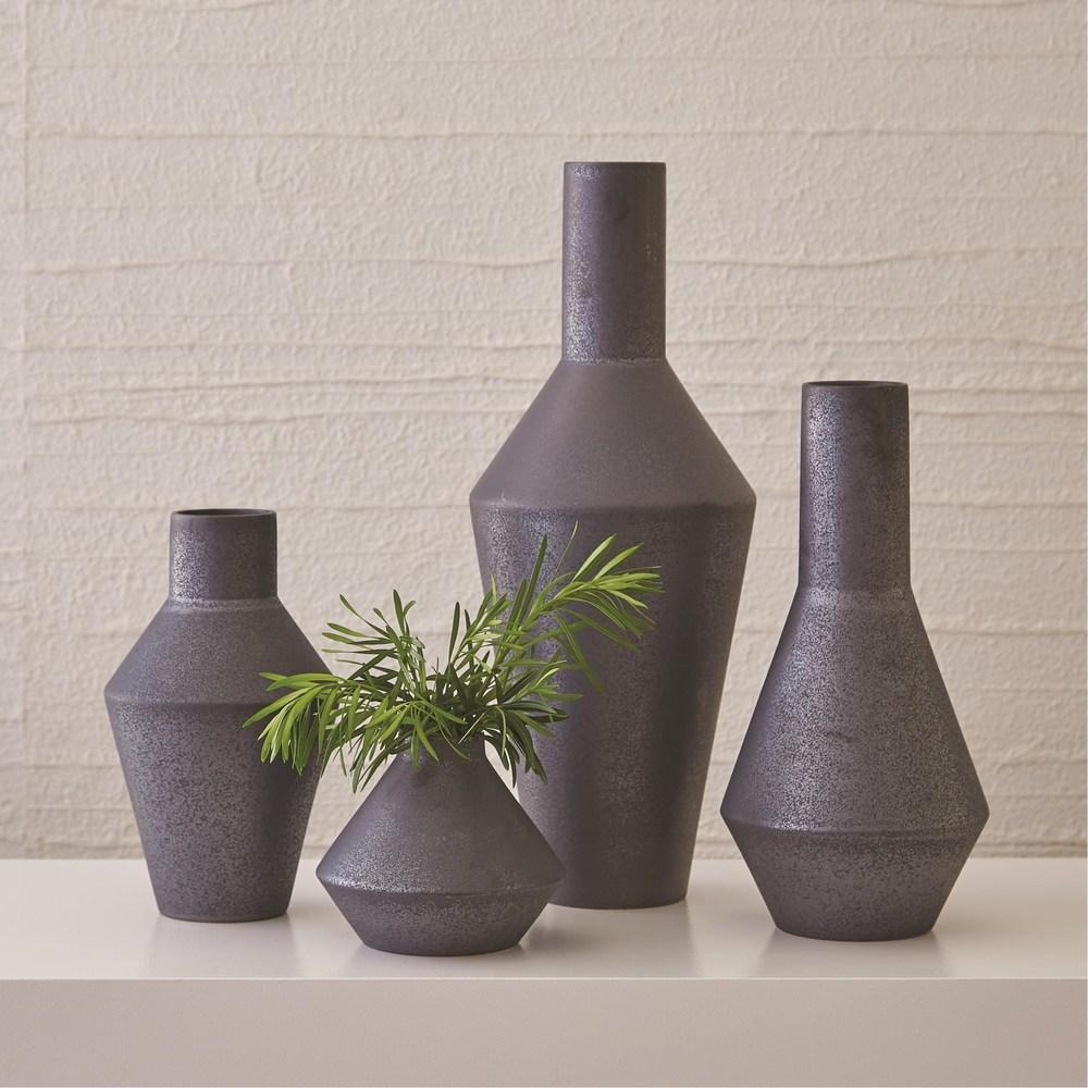 Global Views - Shaker Vase, Graphite, Squat