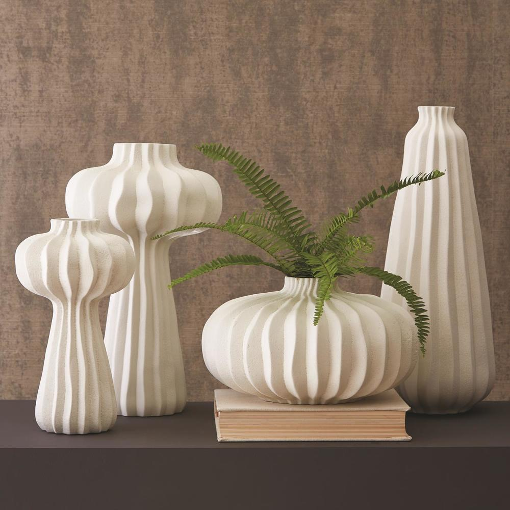 Global Views - Round Lithos Vase