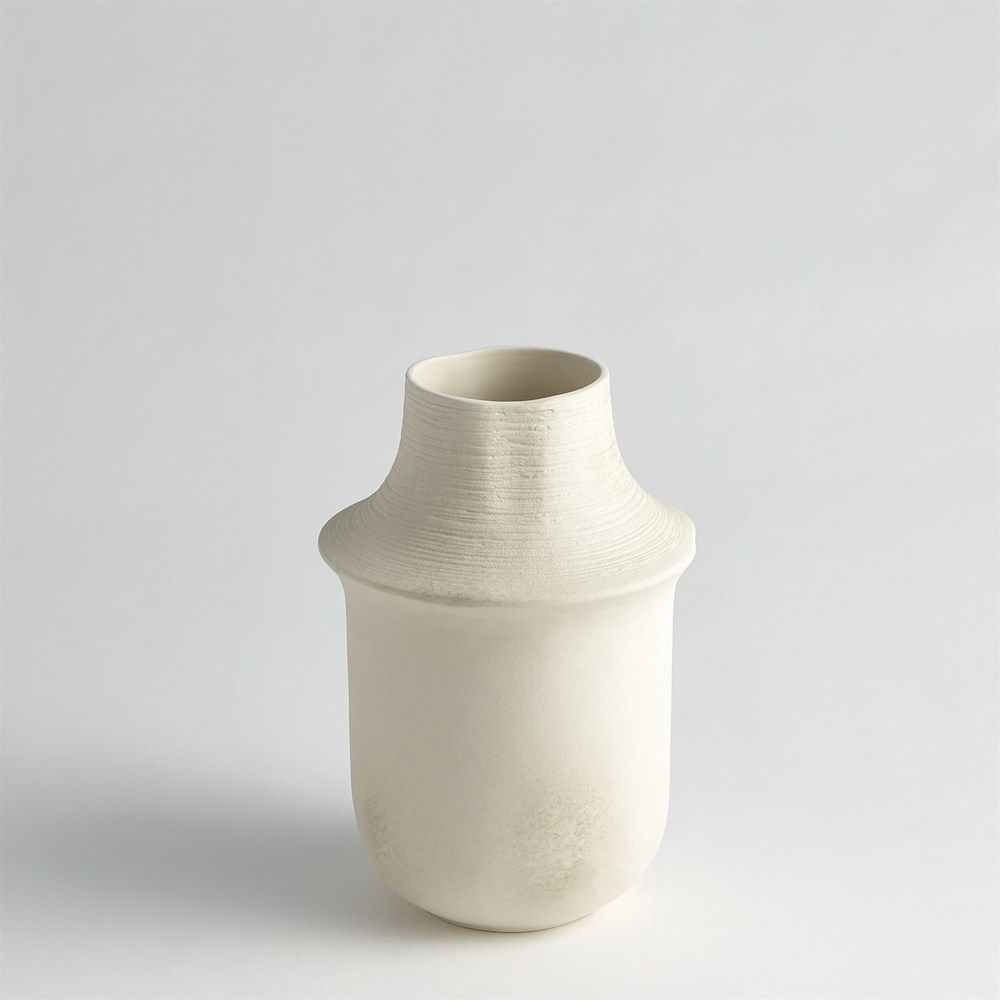 Global Views - Fladis Vase, Short