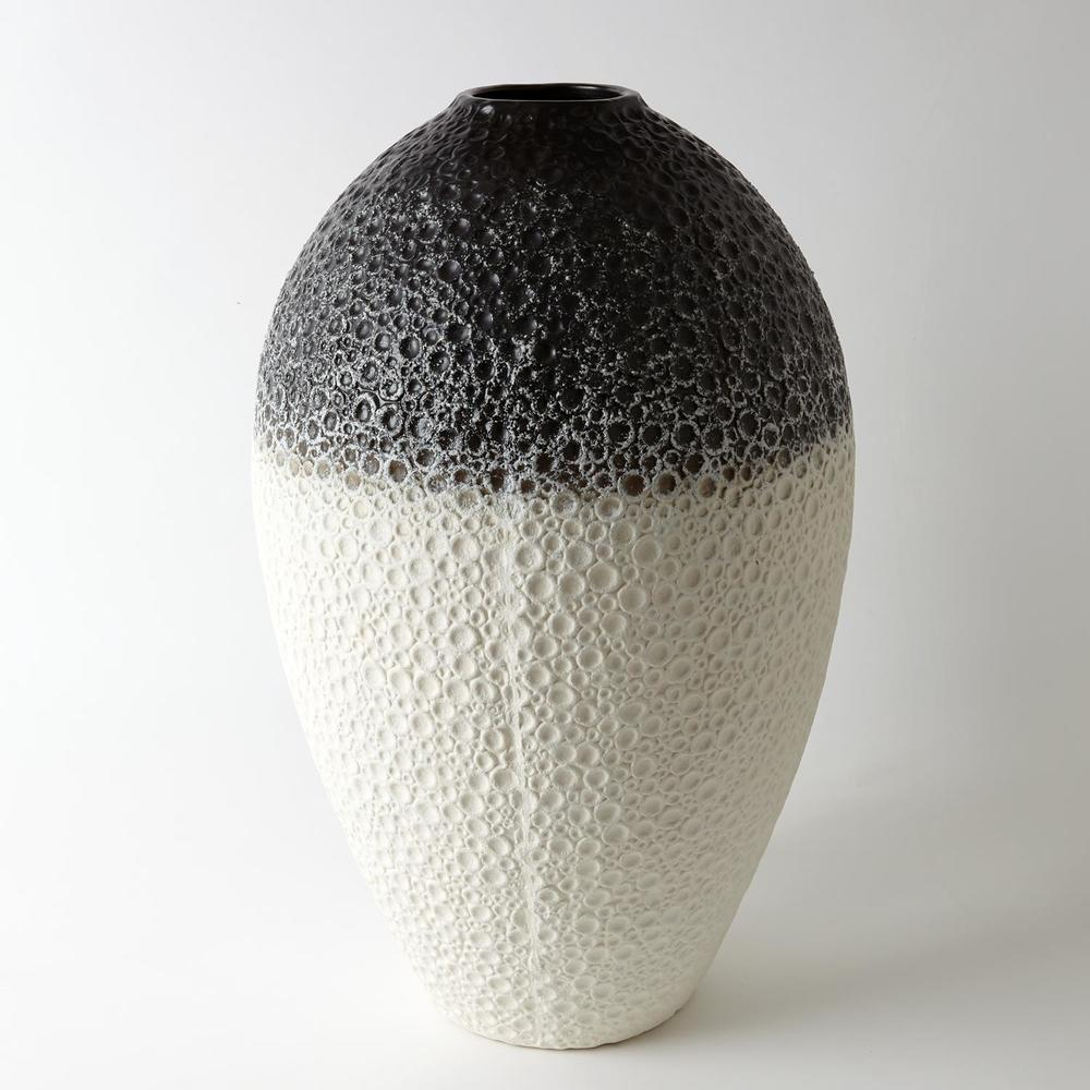 GLOBAL VIEWS - Celestial Vase