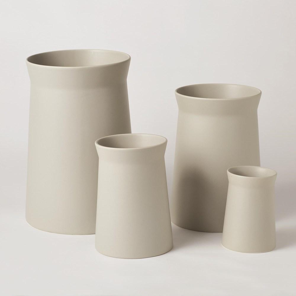 Global Views - Soft Curve Vase, Haze, Extra Large