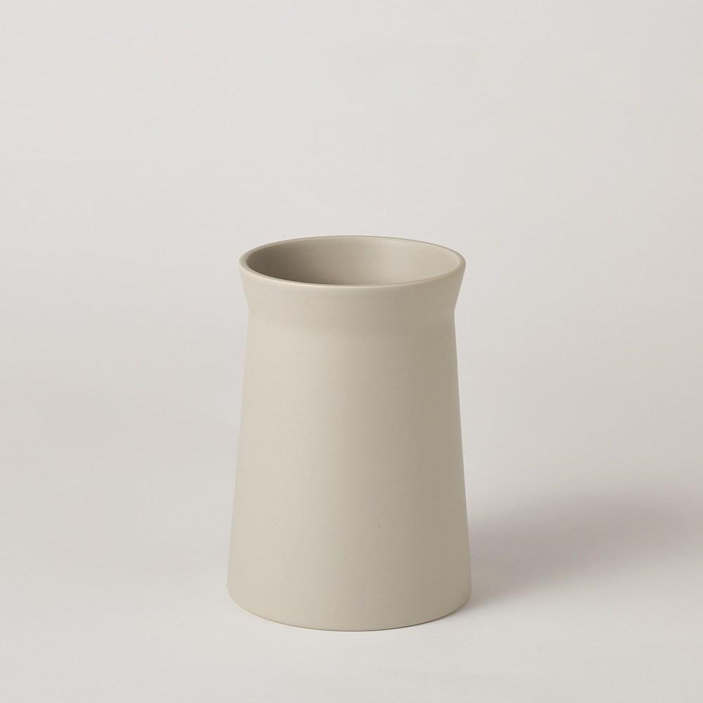 Global Views - Soft Curve Vase, Haze, Medium