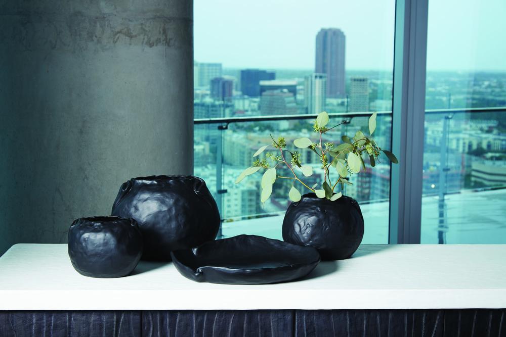 Global Views - Petale Bowl, Matte Black