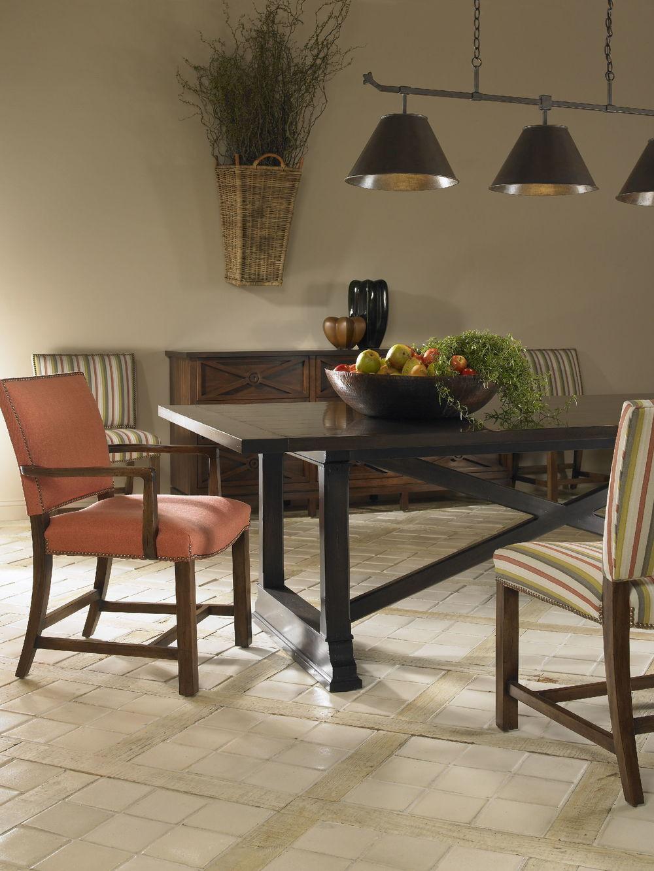 Chaddock - Oakgate Farm Table