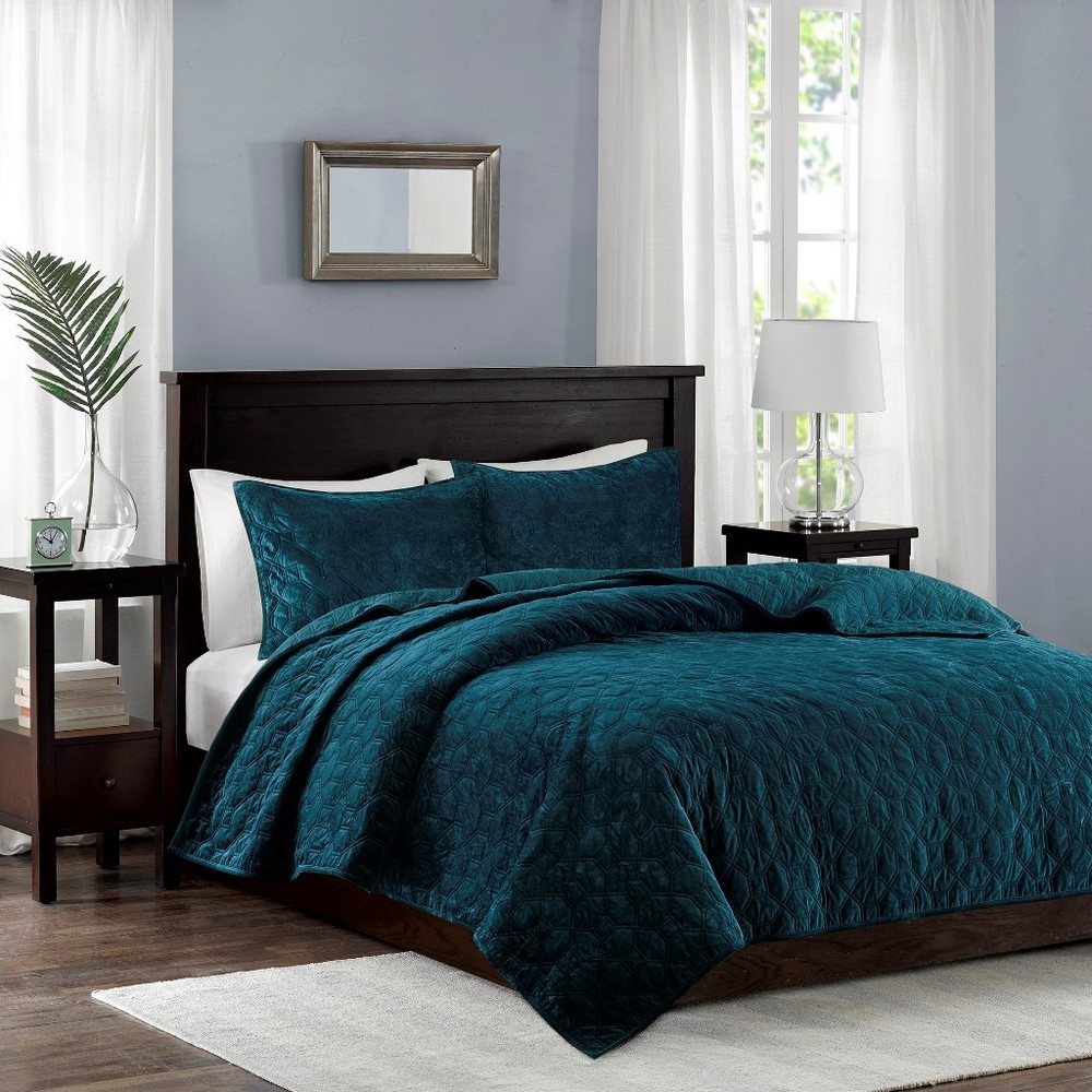 Ollix - Harper Faux Velvet Reversible 3 Piece Coverlet Set, King/Cal King, Teal