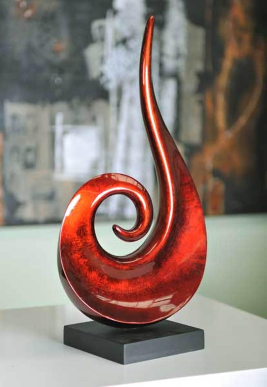 Hebi Arts - Small Roaring Sculpture