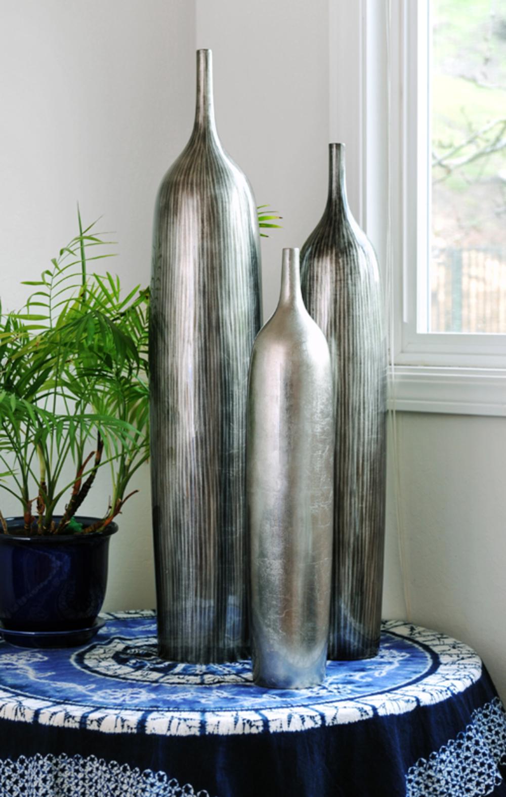 Hebi Arts - Bottle Vase