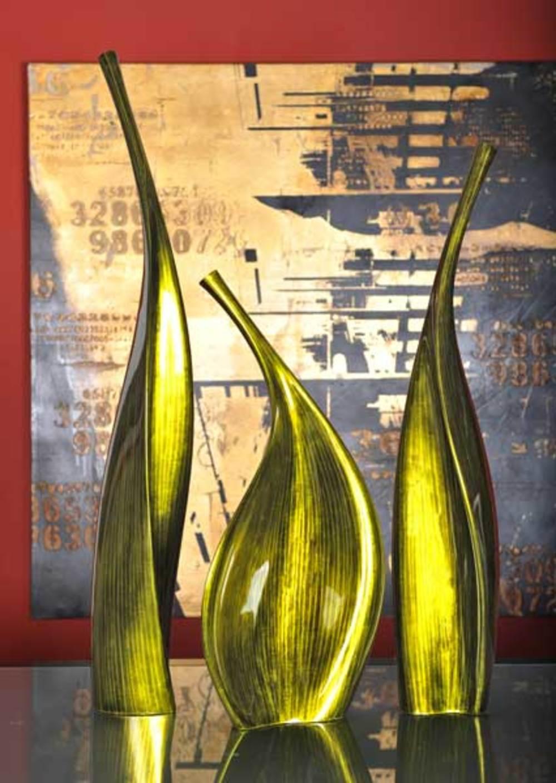 Hebi Arts - Paunchy Vase
