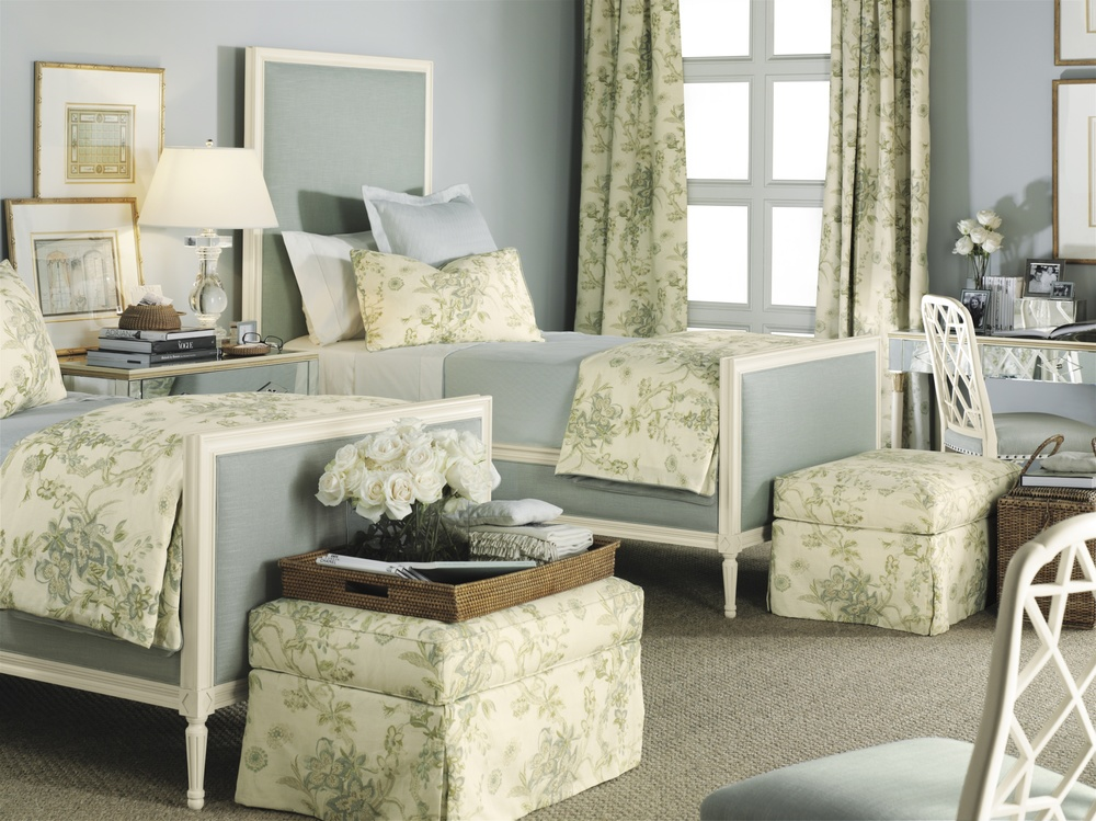Hickory Chair - Candler Queen Bed