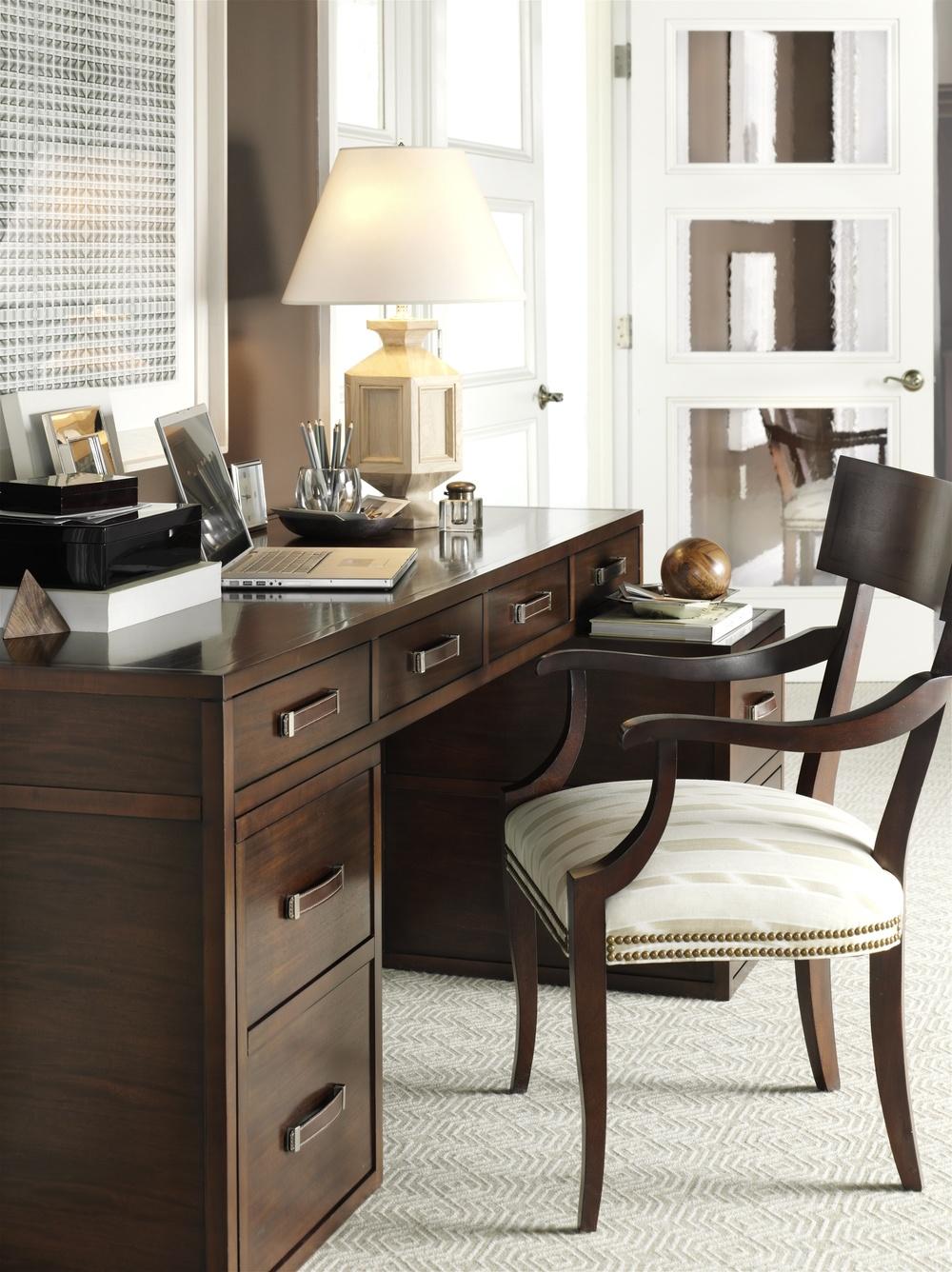 Hickory Chair - Blix Arm Chair