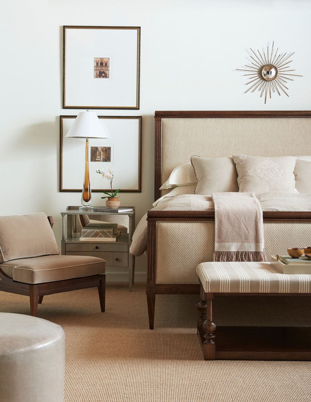 Hickory Chair - Rencourt Queen Bed