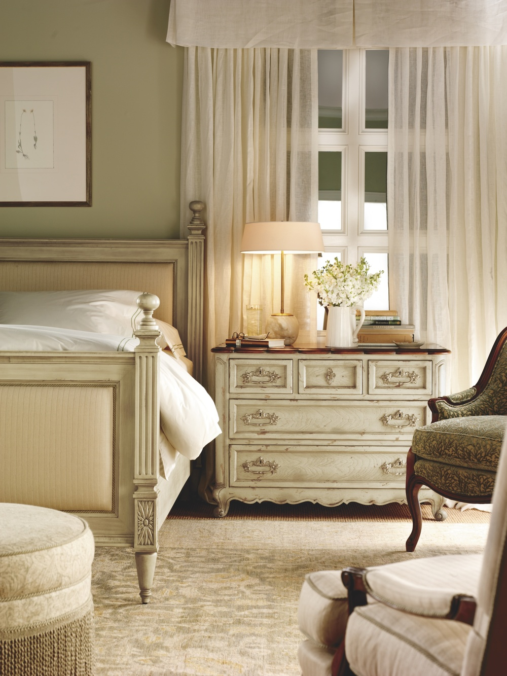 Hickory Chair - Left Bank Queen Bed
