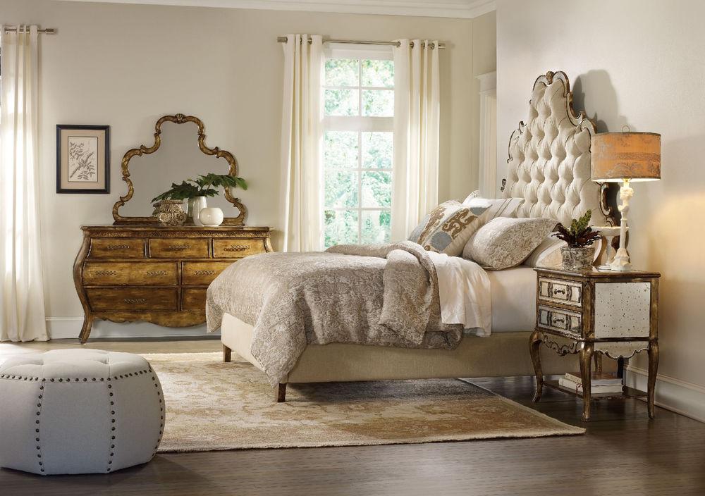 Hooker Furniture - Queen Tufted Bed