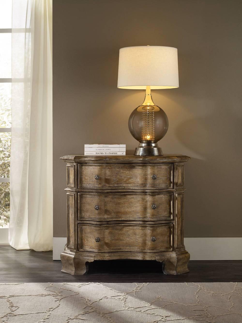 Hooker Furniture - Solana Three Drawer Bachelor's Chest