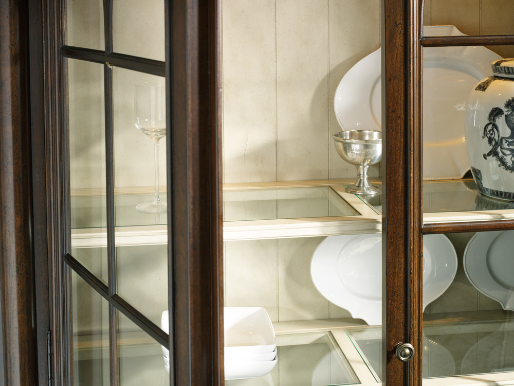 Hooker Furniture - Leesburg Display Cabinet
