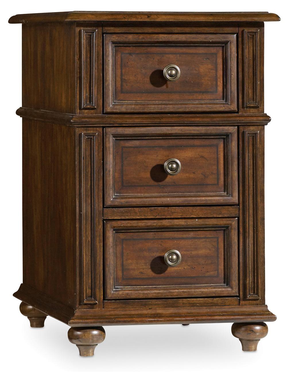 Hooker Furniture - Leesburg Chairside Chest