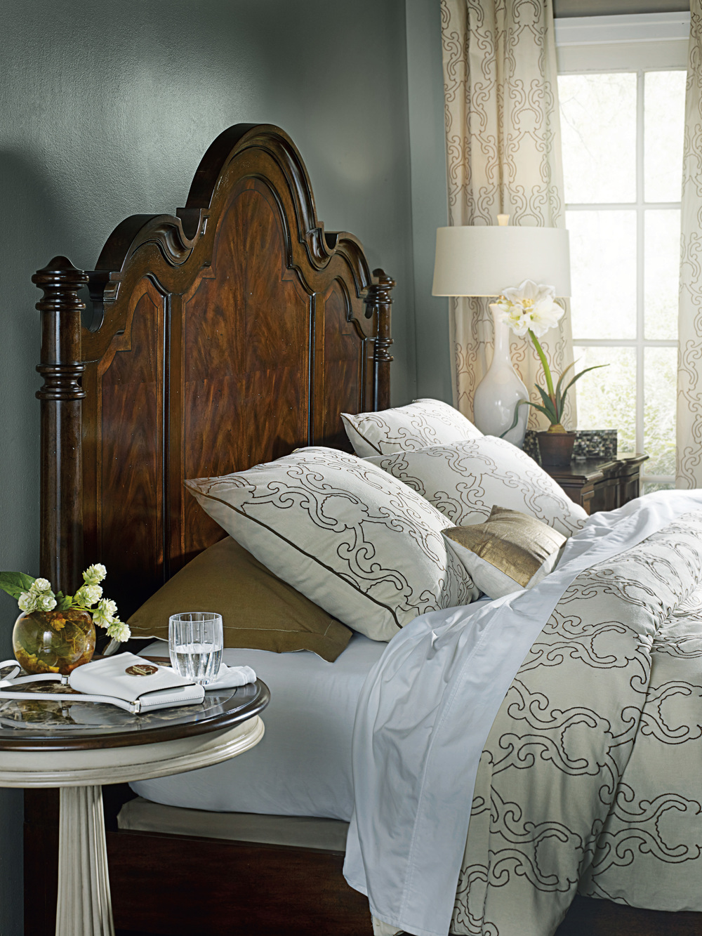 Hooker Furniture - California King Poster Bed