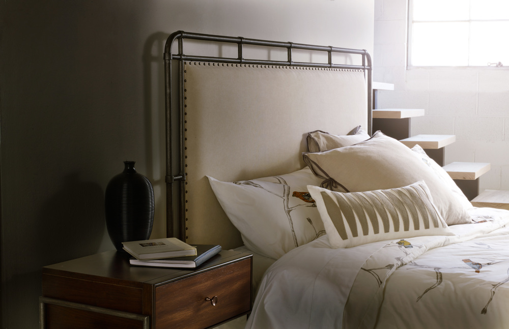 Hooker Furniture - Slumber Queen Metal Upholstered Bed