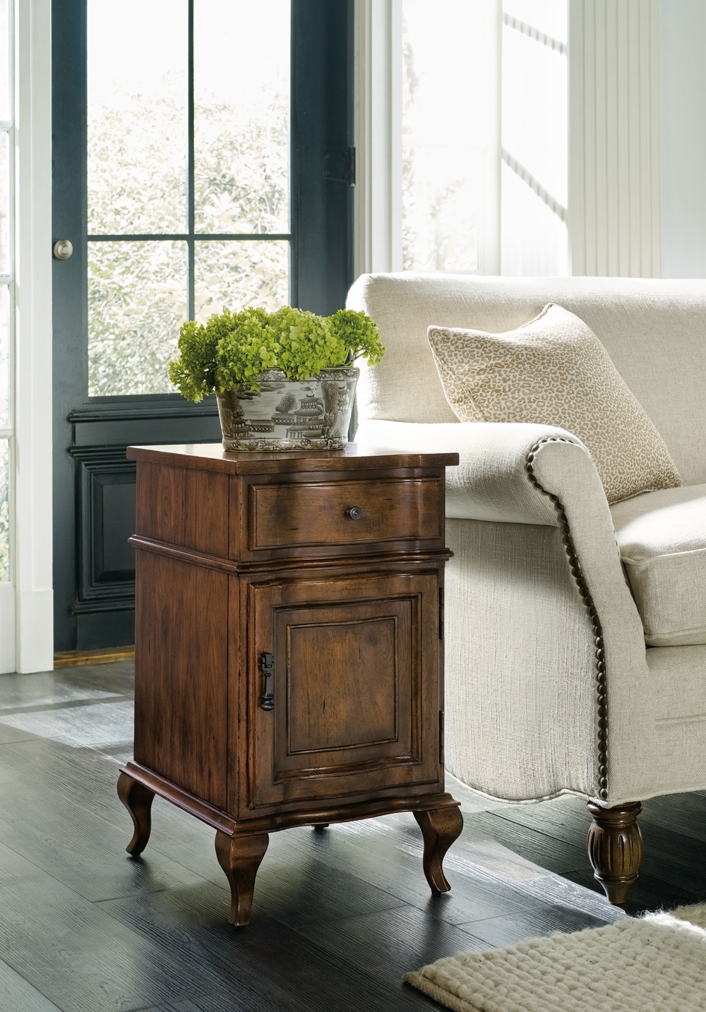 Hooker Furniture - Accent Chairside Chest