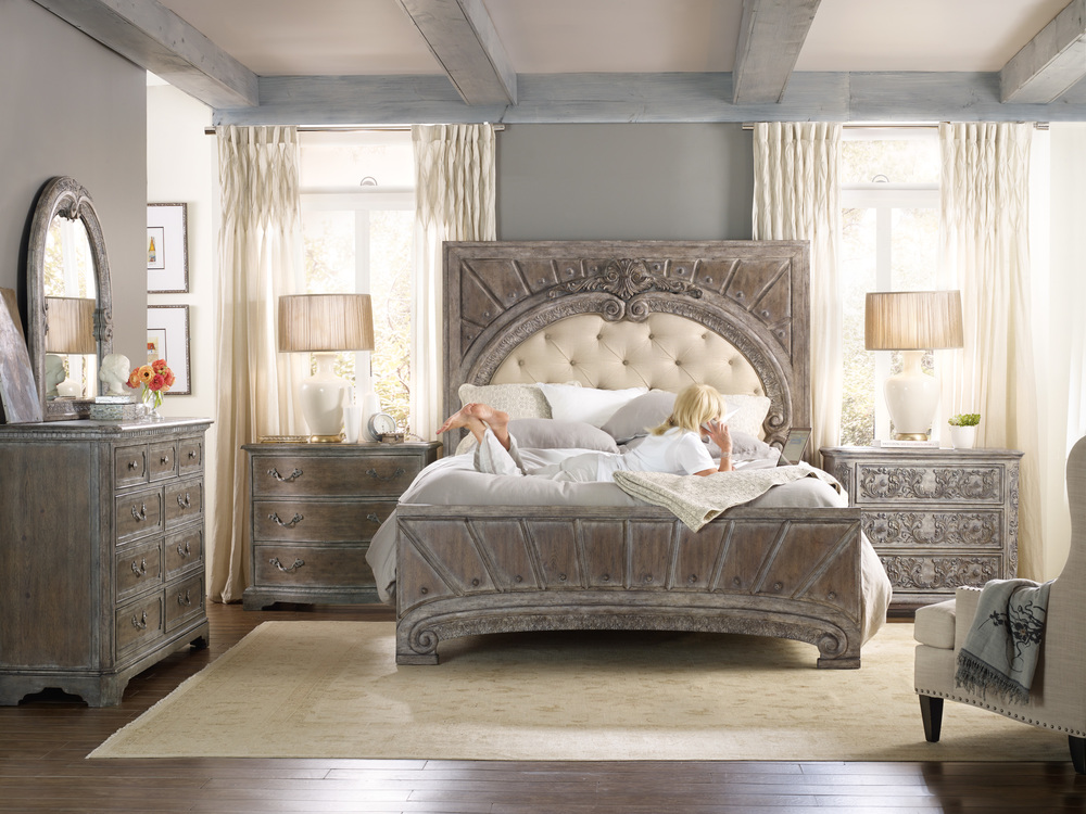 Hooker Furniture - True Vintage Bachelor's Chest