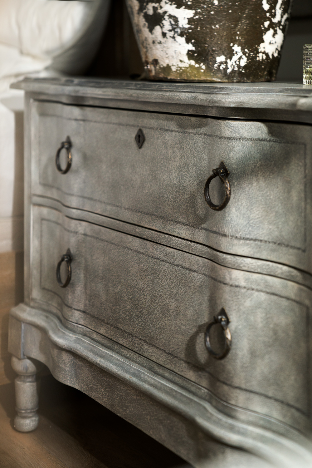 Hooker Furniture - Verbena Bachelor's Chest
