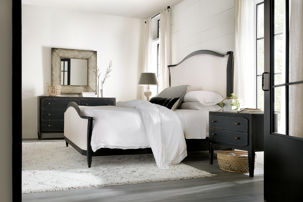 Hooker Furniture - Ciao Bella Upholstered Bed with Black Frame