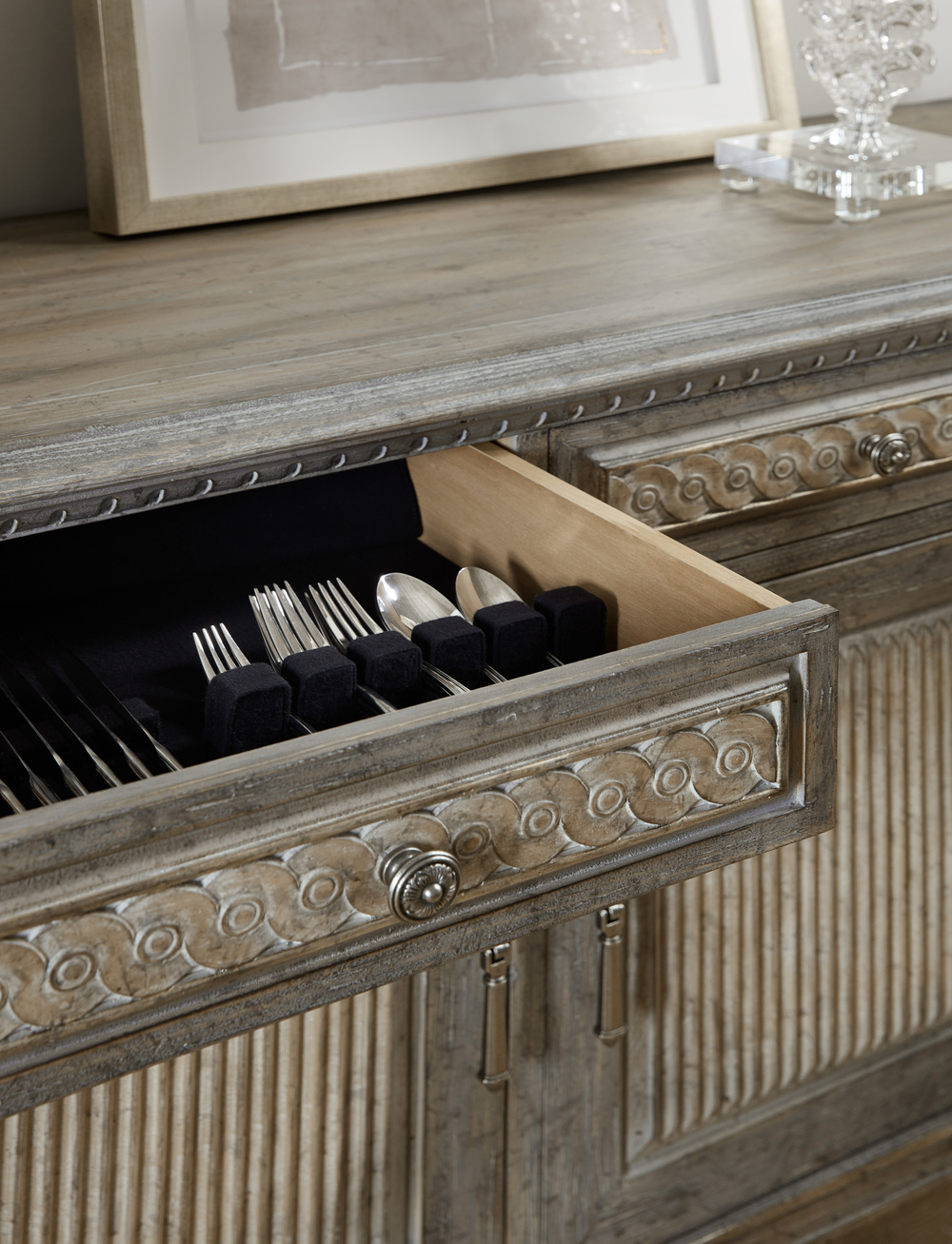 Hooker Furniture - Mademoiselle Server
