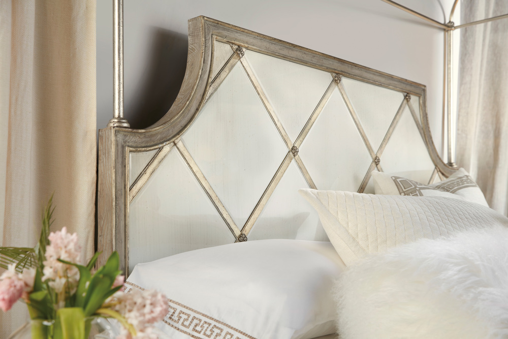 Hooker Furniture - Diamont Canopy California King Panel Bed
