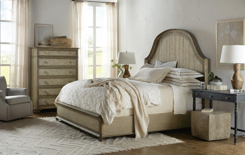 Hooker Furniture - Lauro King Panel Bed w/ Metal