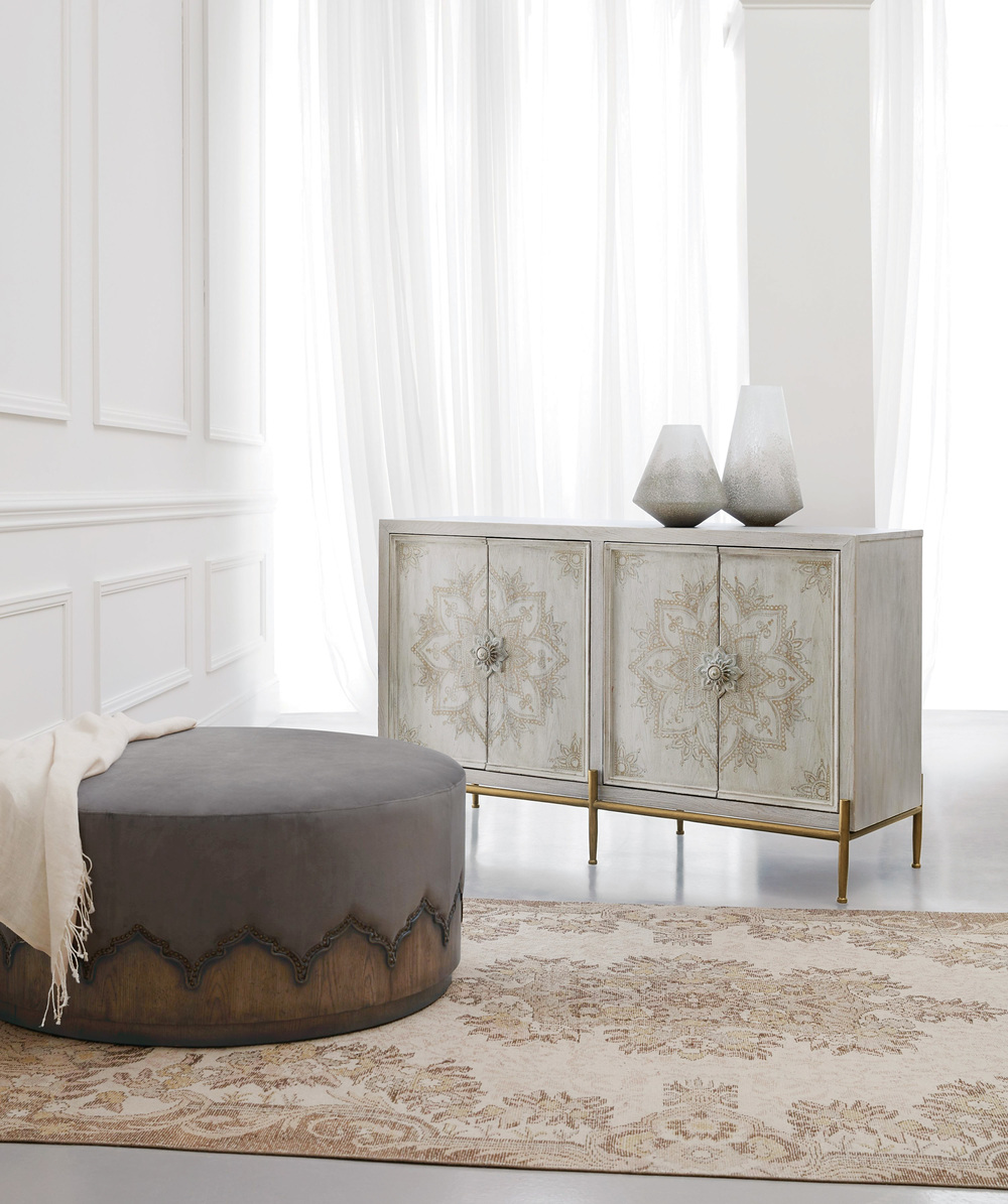 Hooker Furniture - Delilah Accent Chest