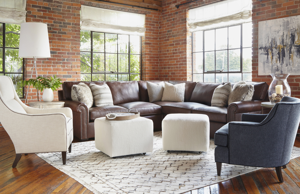 Huntington House - Lounge Vintage-Luxe Corner Sectional