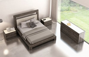 Thumbnail of Huppe - Upholstered Queen Bed