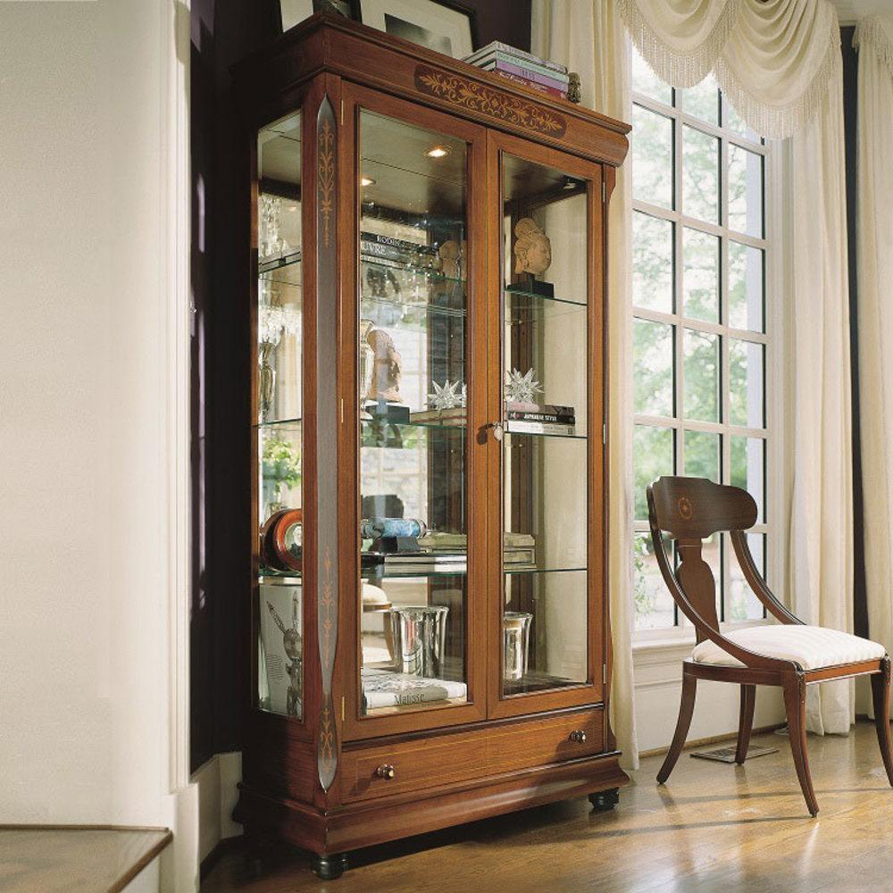 Hurtado - Amadeus Display Cabinet