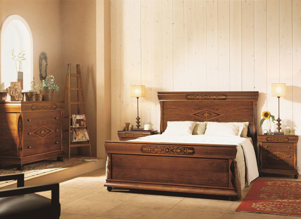 Hurtado - Amadeus King Bed