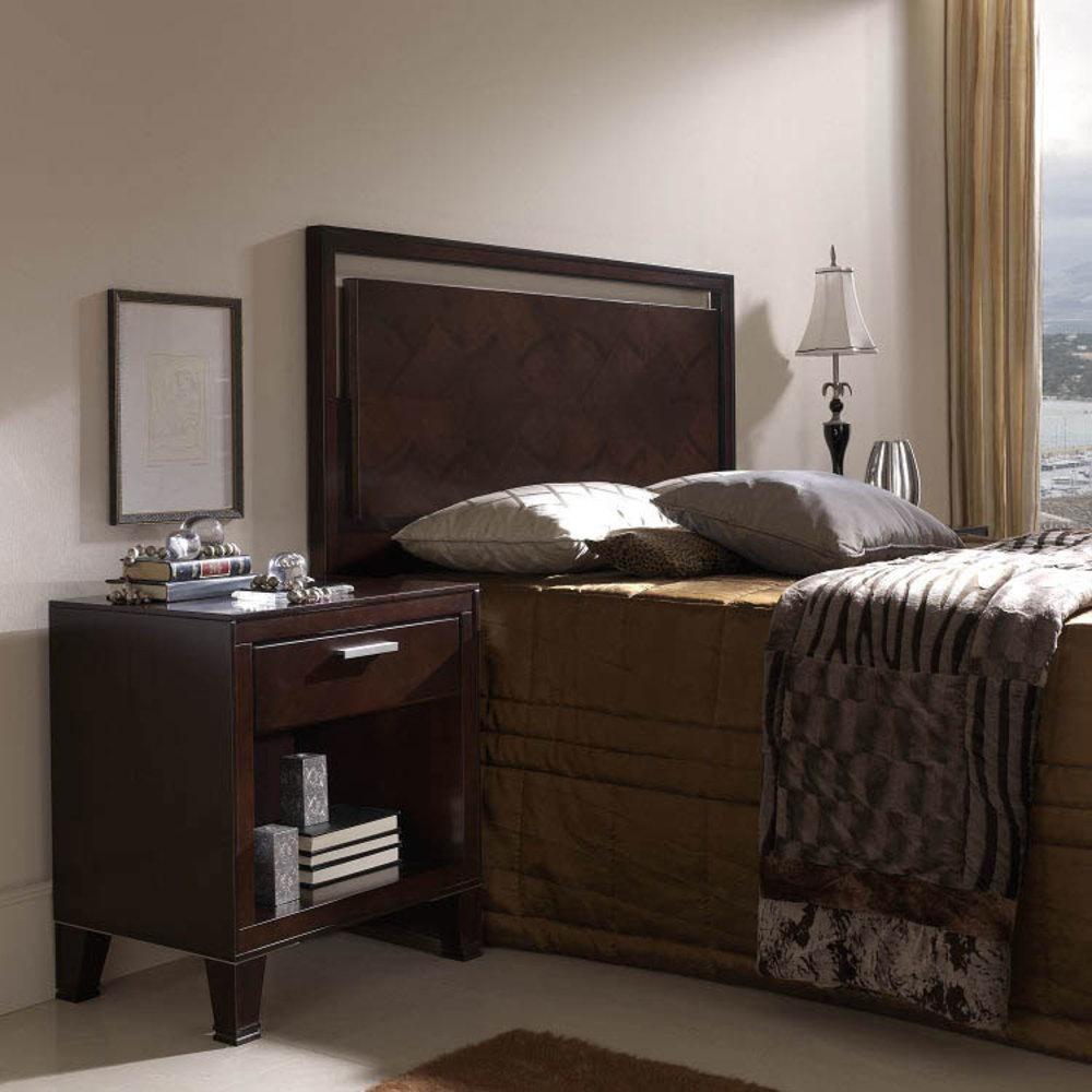 Hurtado - Queen Size Bed