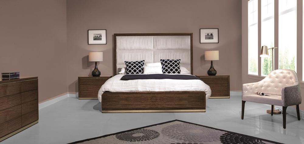 Hurtado - Santa Barbara Upholstered King Size Bed