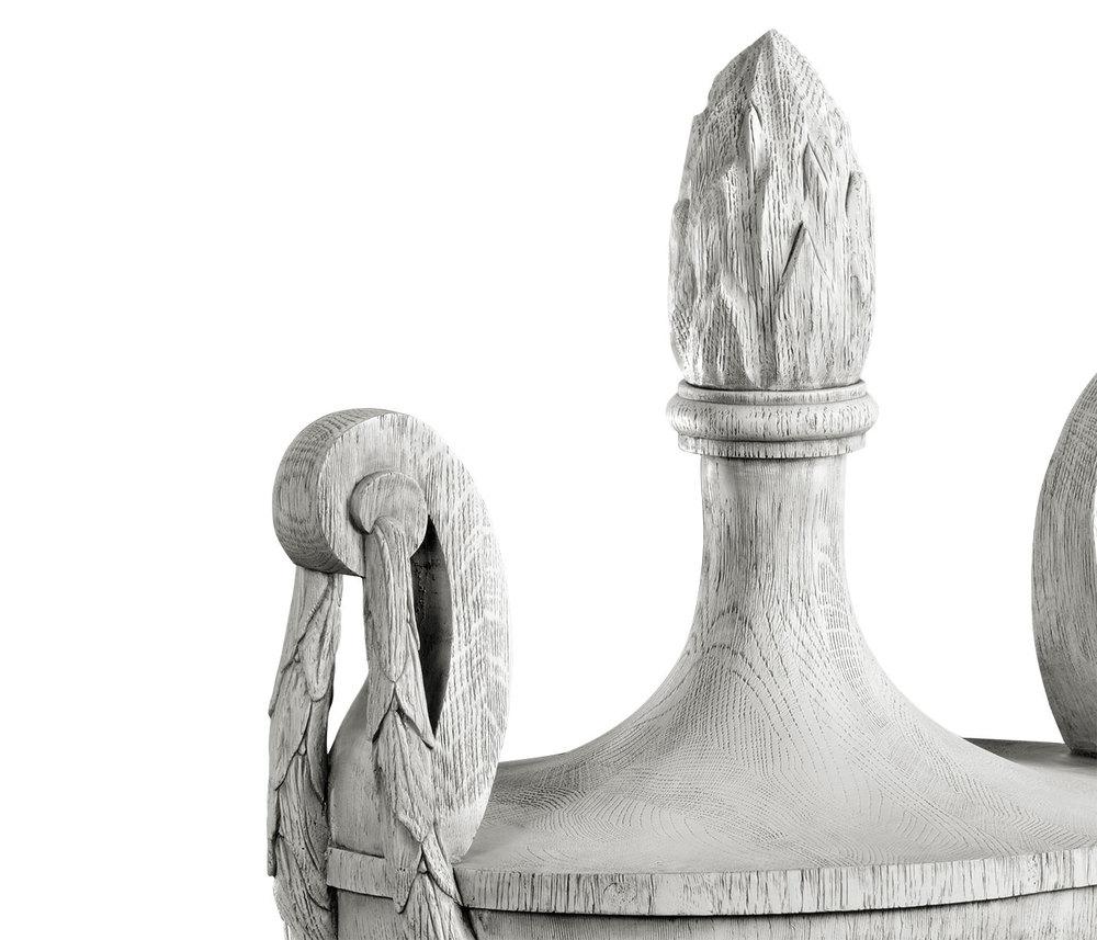Jonathan Charles - Mandeston Urn