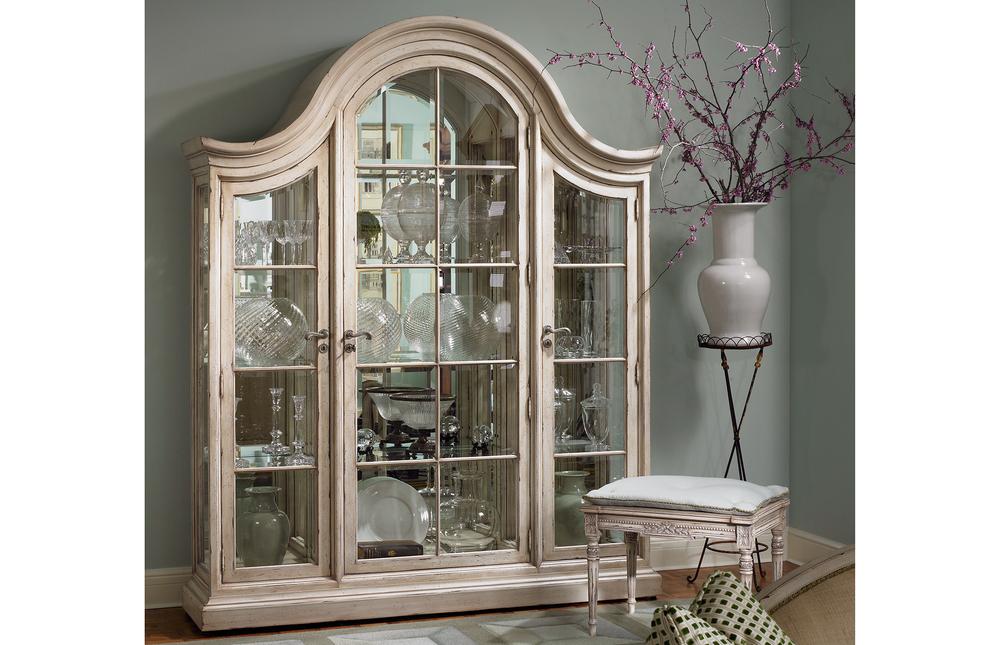 Karges Furniture - Venetian Grand Curio