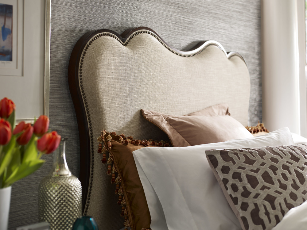 Kincaid Furniture - Hadleigh Upholstered Queen Bed