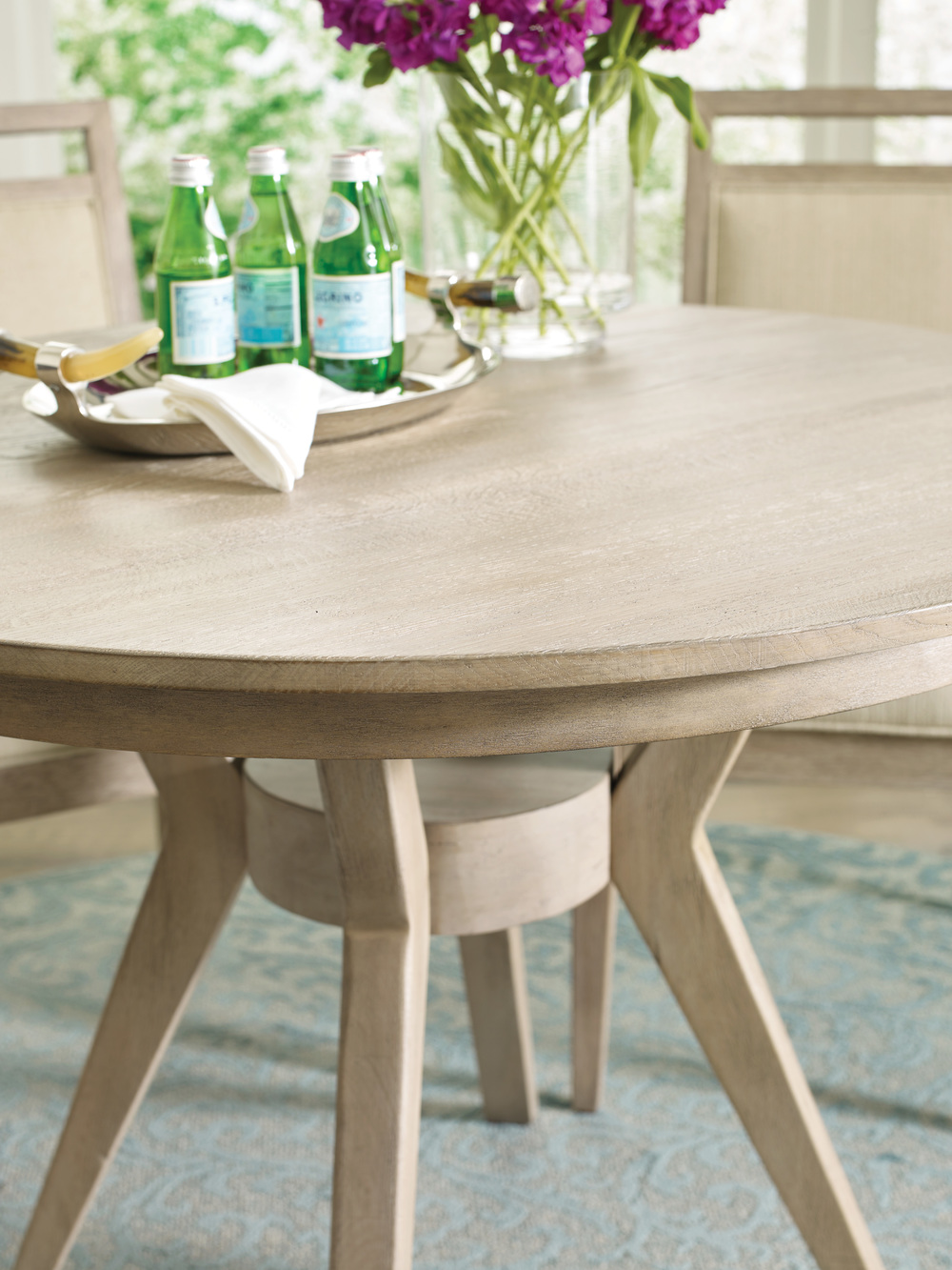 Kincaid Furniture - Round Dining Table
