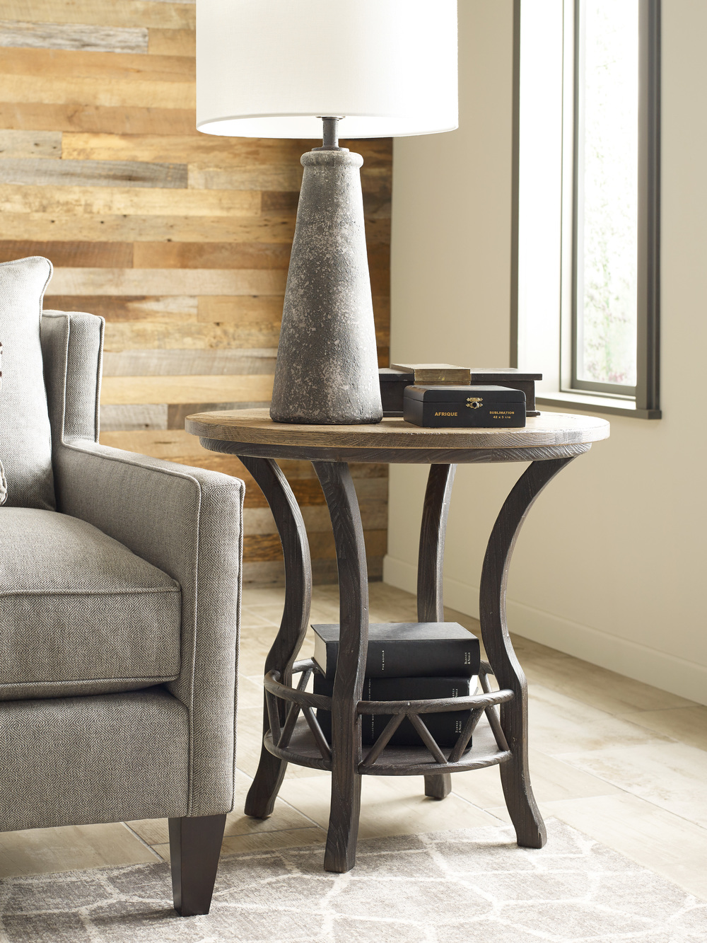 Kincaid Furniture - Pisgah Round Lamp Table