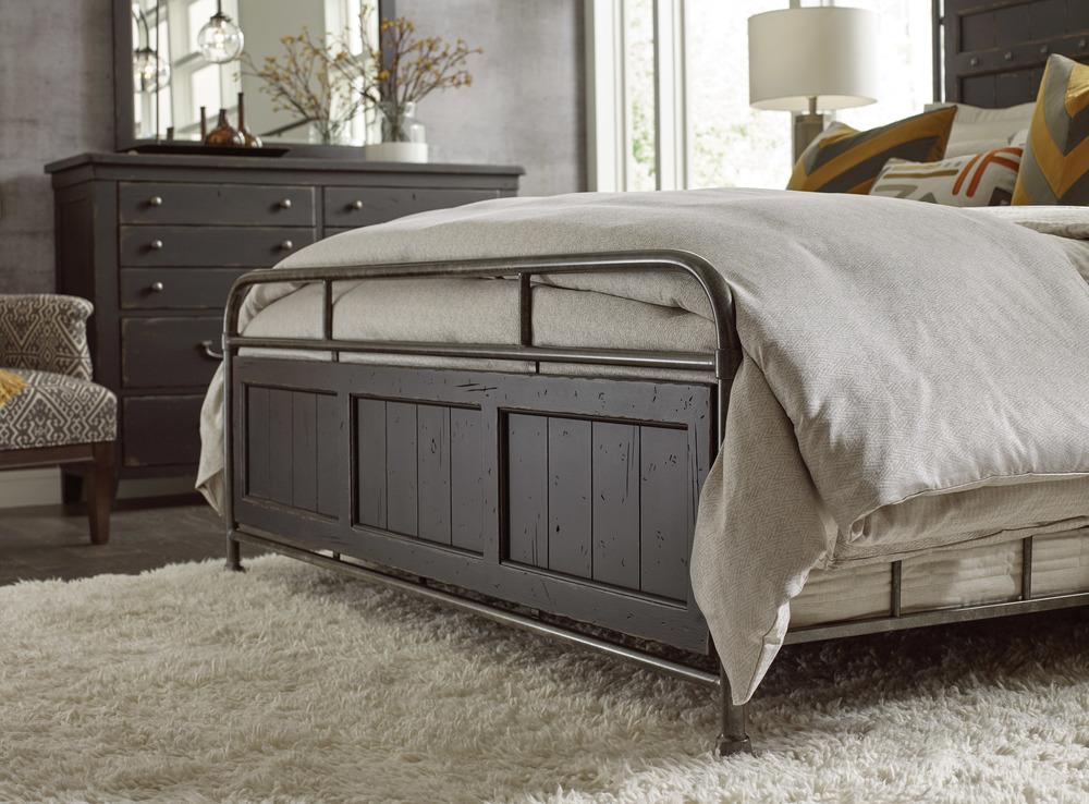 Kincaid Furniture - Folsom Anvil Metal Bed